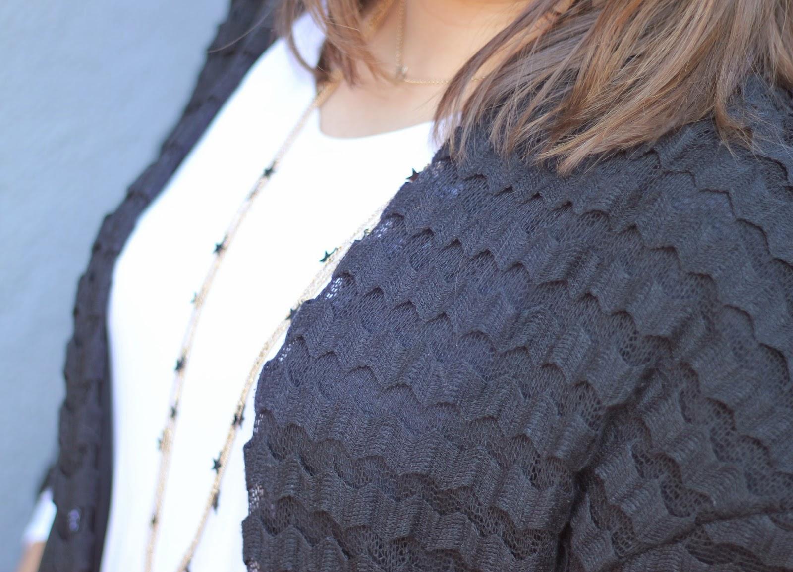 photo_look_street-style_black-kimono_ethnic-skirt