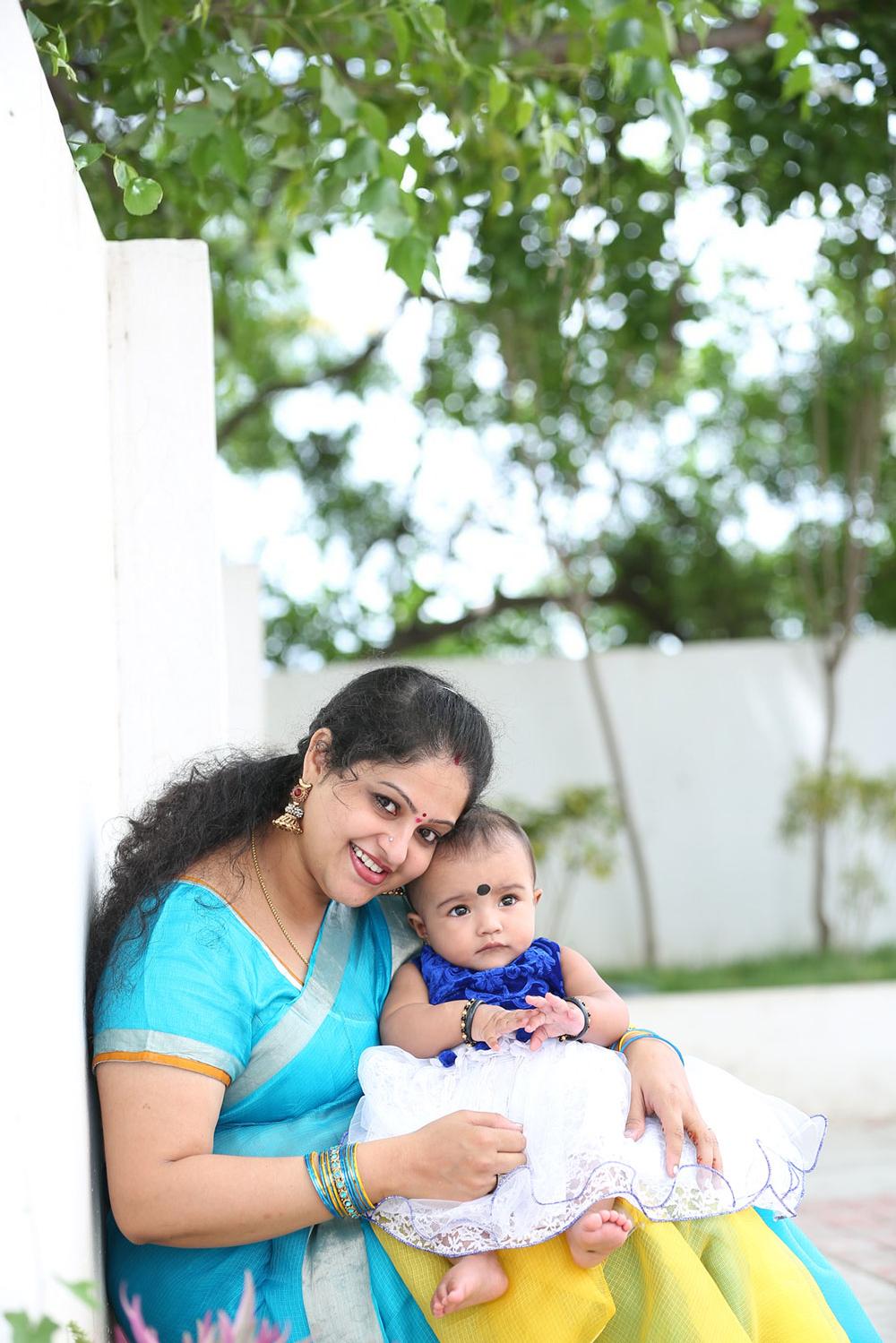 Raasi Daughter Rithima HD Photos
