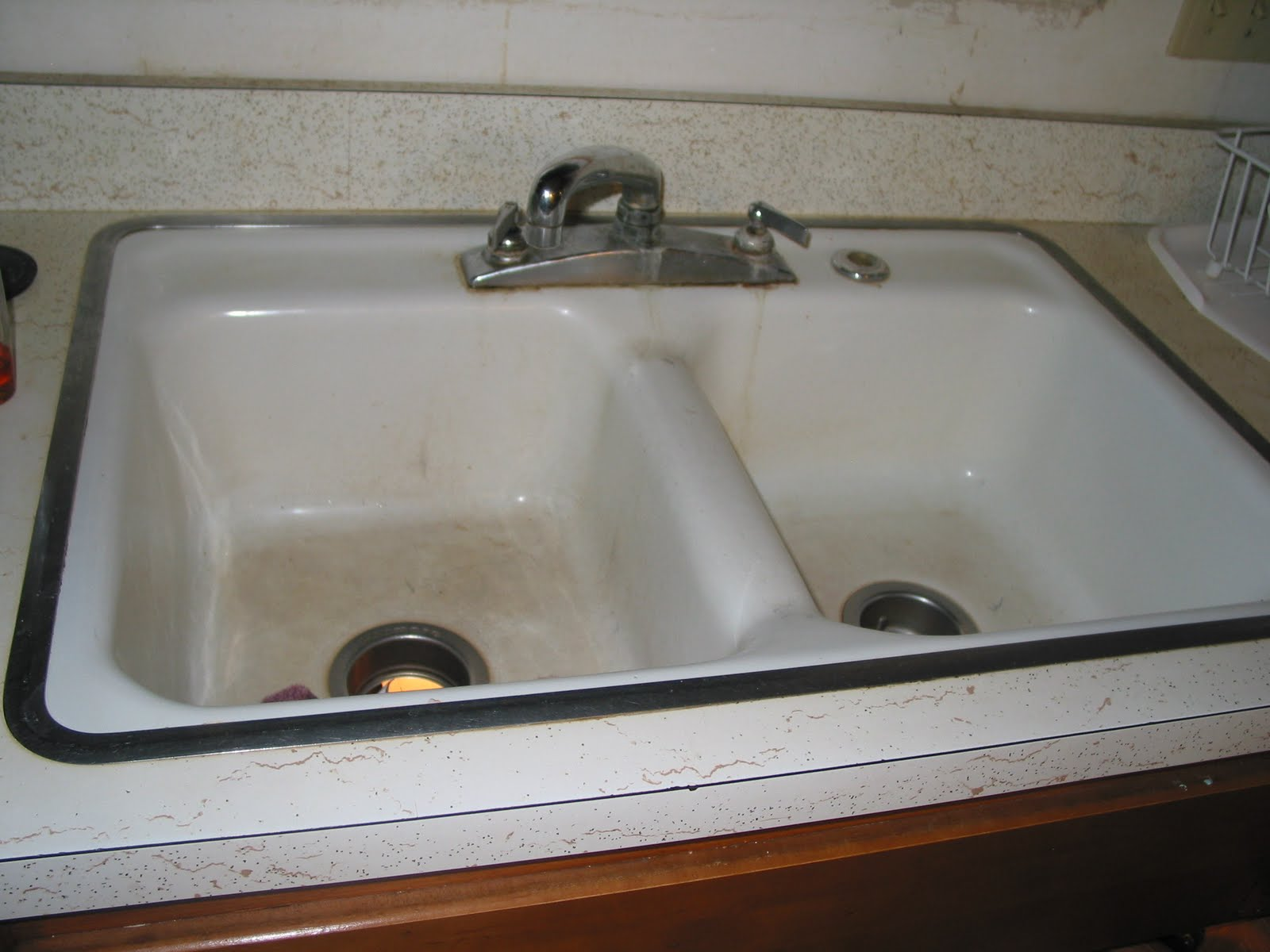 how to clean old stained porcelain sink