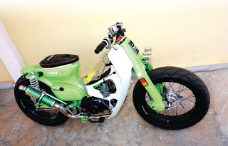bmw lama modif html with Foto Dan Modifikasi Honda C70 Antik Dan Klasik on Contoh Modifikasi Yamaha Mio Terbaru moreover ZModeler 2 2 4 additionally Cars Girls Jamie Jacobsen in addition Best Tuning Nissan Juke Hot Modif Wide moreover 100 Gambar Motor Modifikasi Vixion 17.