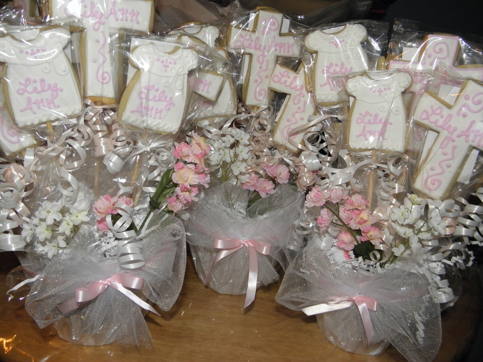 Cookie dreams cookie co christening cookie pop centerpieces for Baby girl baptism decoration ideas