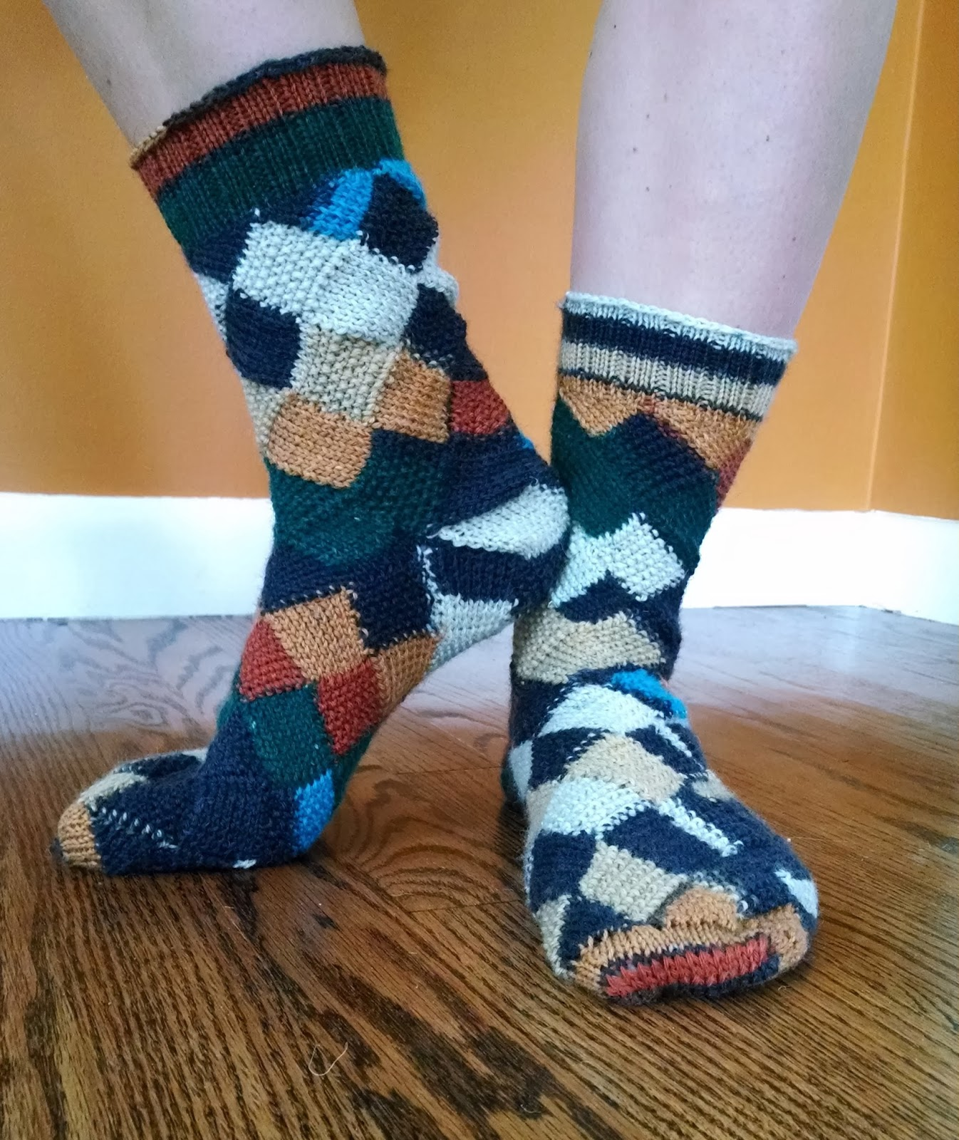 Pattern: Entrelac Seed Stitch Toe Up Socks Knit A Bit ...