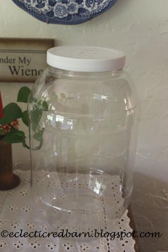 plastic pretzel container