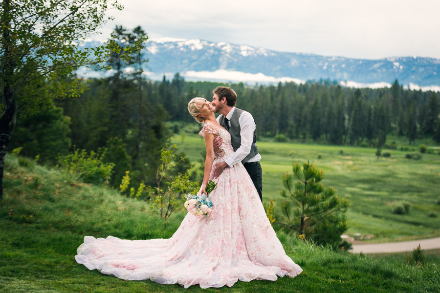 Idaho springs wedding