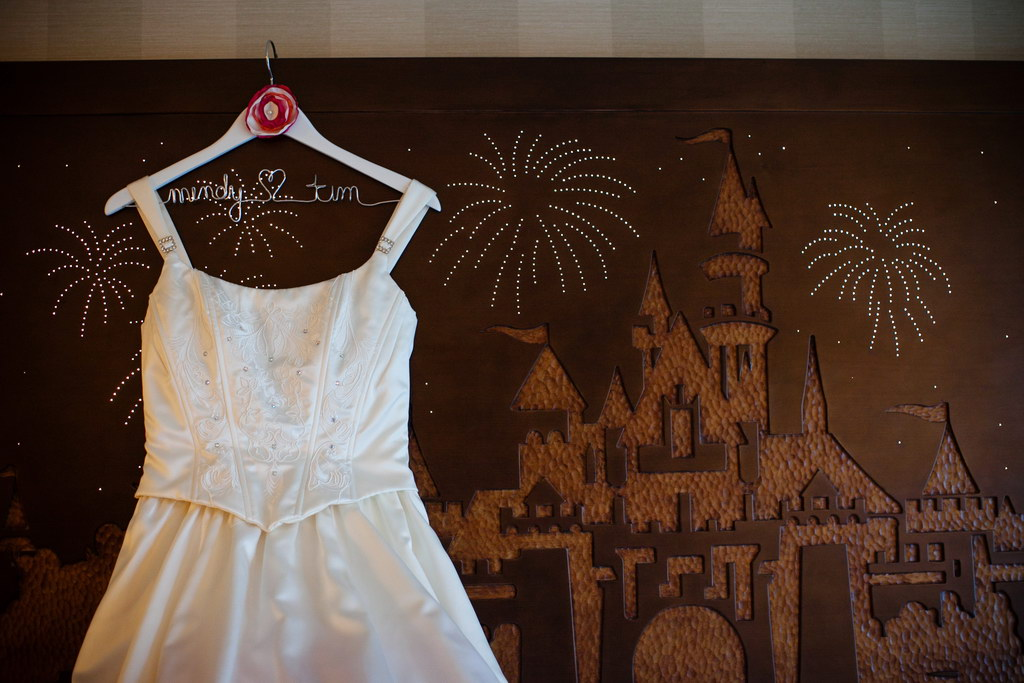 DIY - Personalized Dress Hanger - This Fairy Tale Life