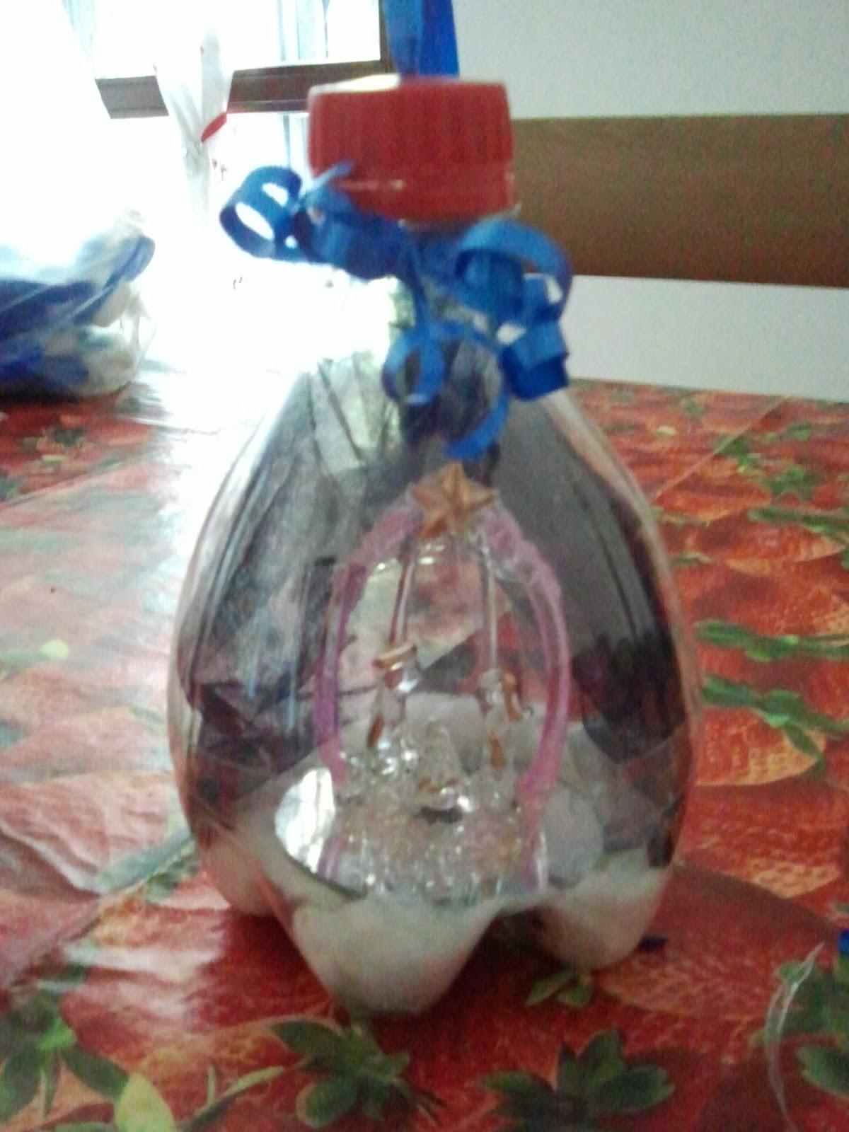 come riutilizzare una bottiglia di plastica  natale