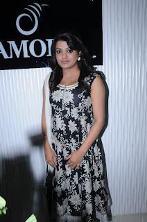 tashu kaushik actress pics