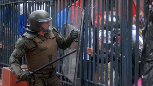 Chile: Onda de perseguição a jornalistas, com prisões, espancamentos e atentados a bomba