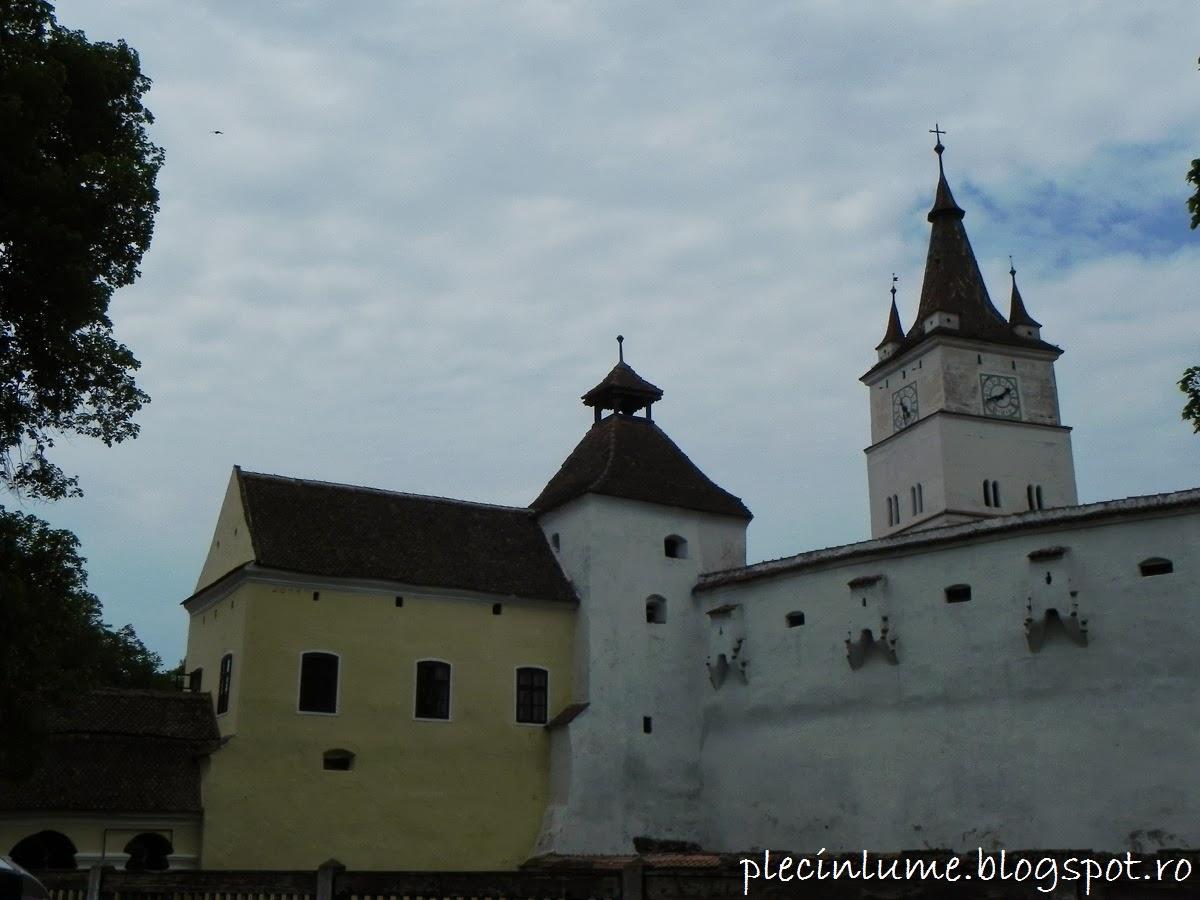 Biserica fortificata din Harman