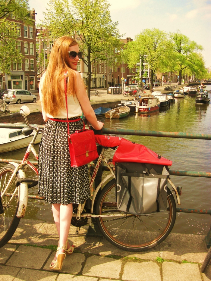 Fashion Blogger Outfit Vintage H&M Camden Amsterdam