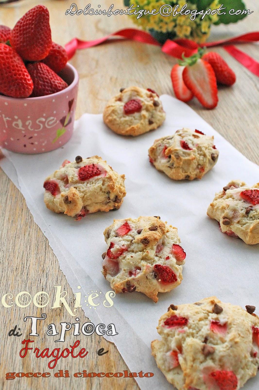 cookies di tapioca con fragole e gocce di cioccolato (gluten free)