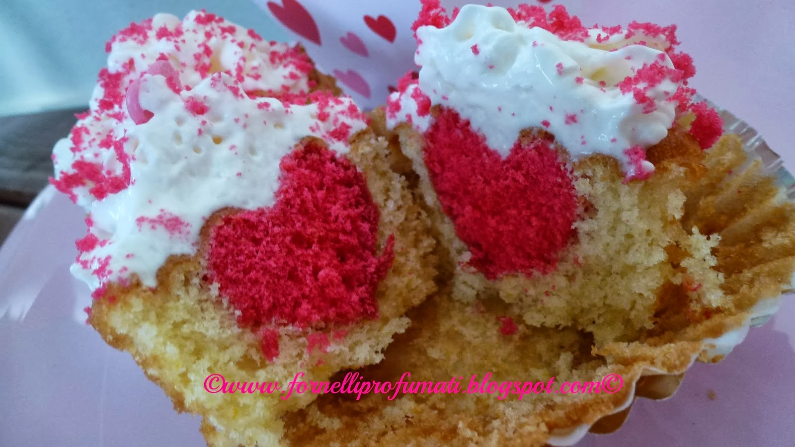 cupcakes con cuore rosso per san valentino