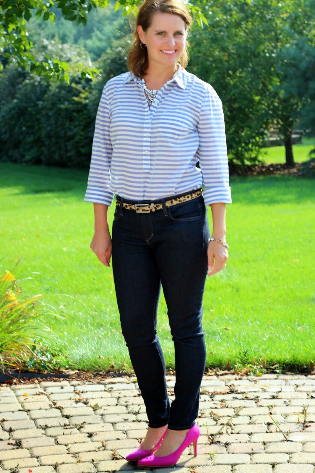 pink pumps, jeans, leopard belt, stripes