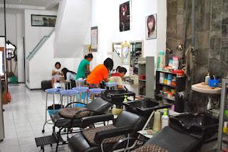 Creambath salon