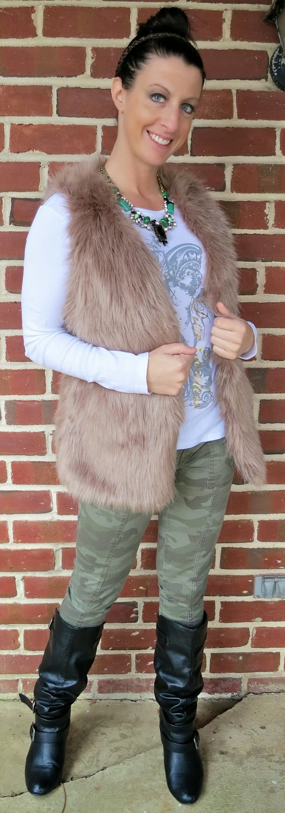 chicwish, Fashion, faux fur, ootd, Outfit Ideas, outfit of the day, Outfits,