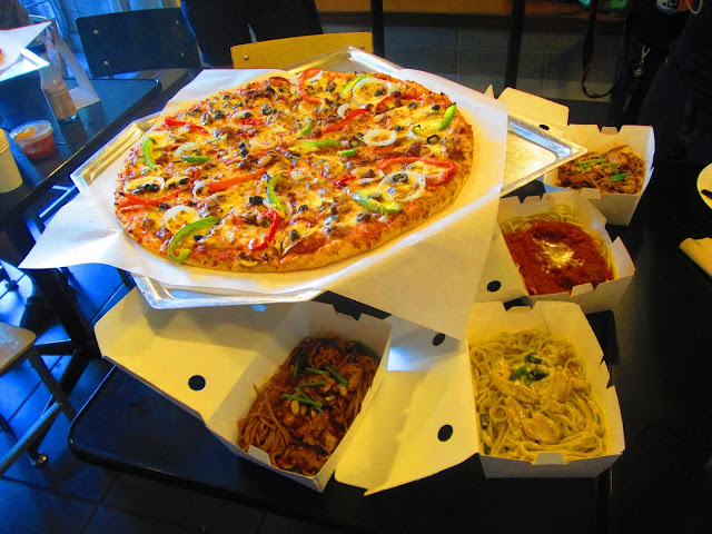 Nines vs. Food - Yellow Cab Pizza_8.jpg