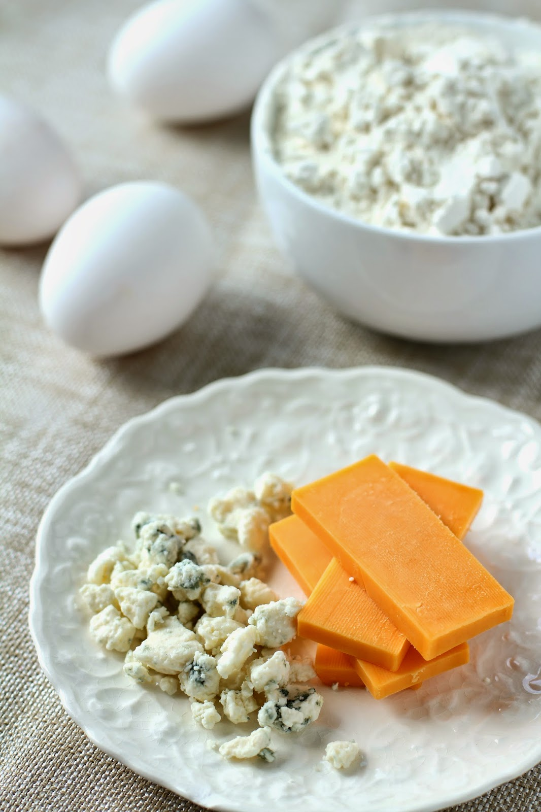 Common Hidden Food Allergens: Wheat, Dairy, and Eggs  /  Delicious as it Looks