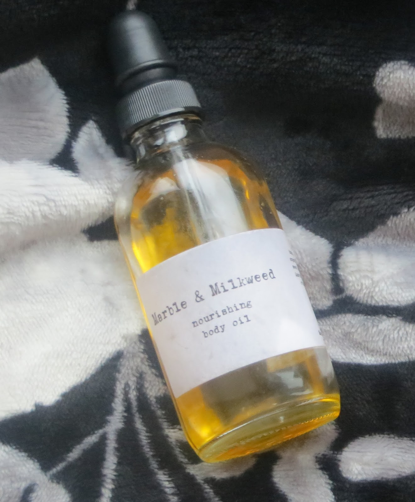 Marble and Milkweed Nourishing Body Oil
