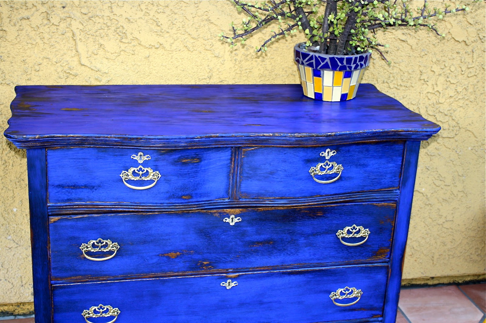 Wonderful image of MakeMePrettyAgain: My first Milk Paint! GO BOLD or go home! with #0C30BF color and 1600x1064 pixels