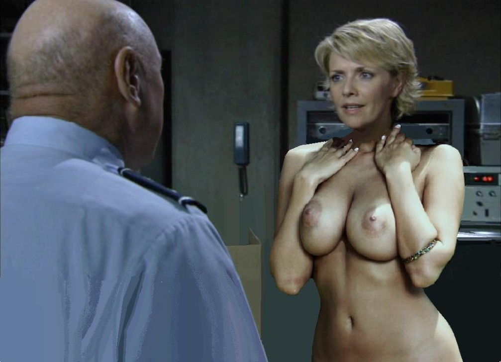 Amanda tapping nude pictures