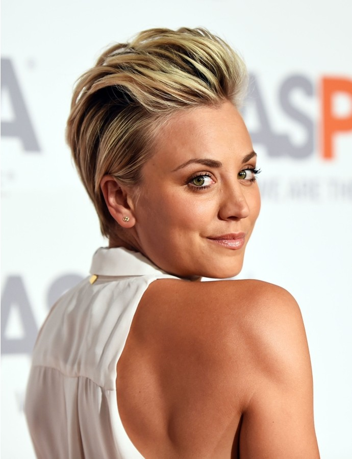 Fashionable Hairstyles For Short Hair simple and easy