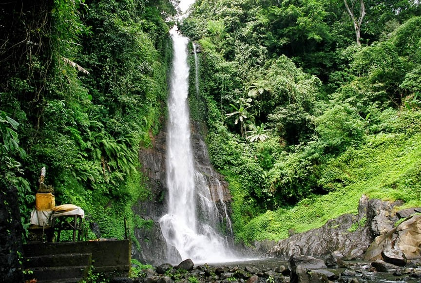 5 Air Terjun di Bali yang Punya Pesona Magis