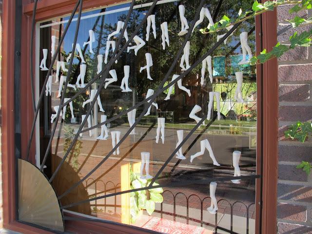 Jen Harmon Allen leg installation window view