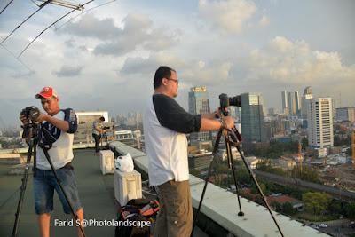 tips memotret dari atap gedung, landscape, foto malam hari