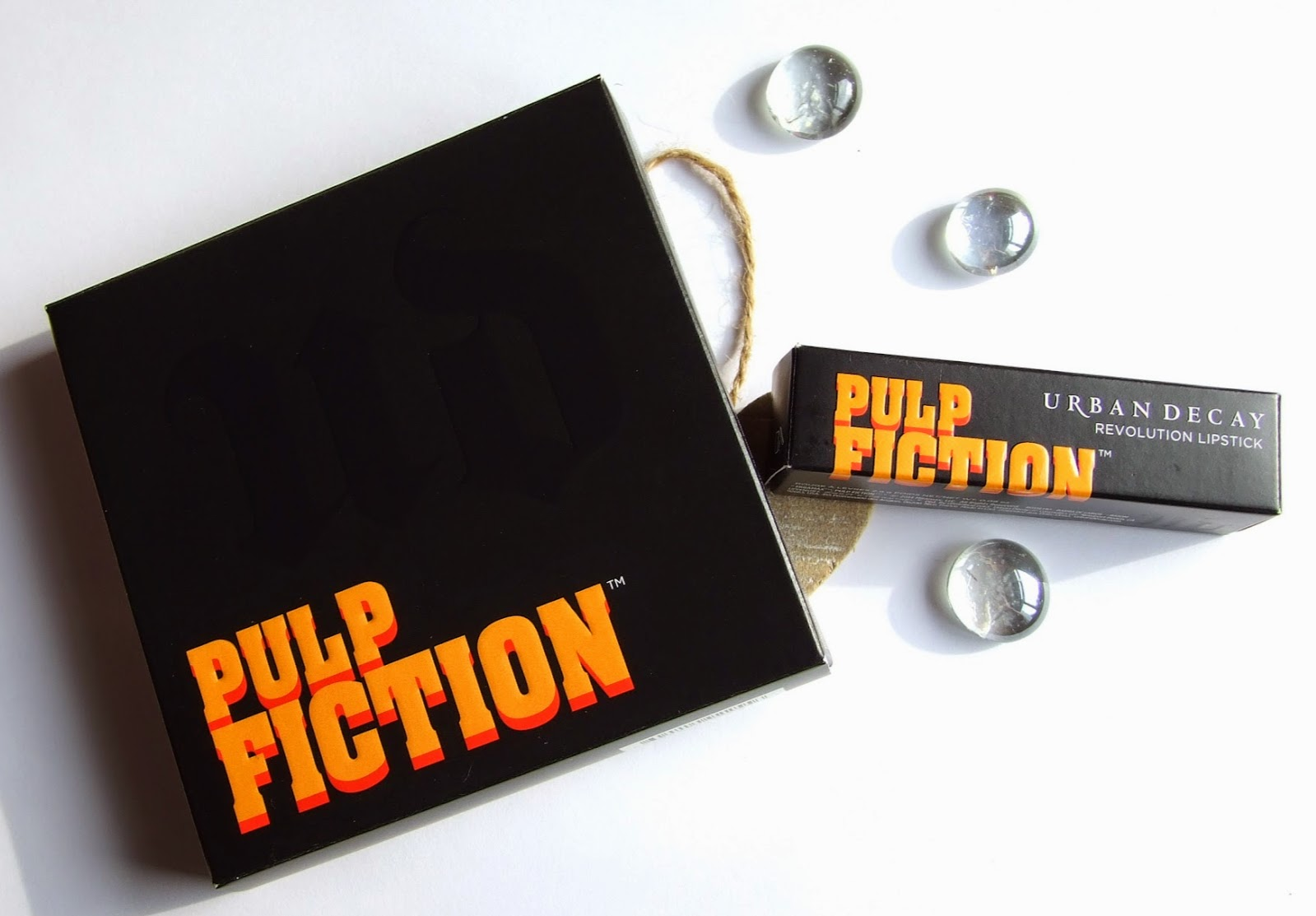 Urban decay pulp fiction collection swatches review mrs mia wallace lipstick palette eyeshadow