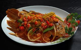 Resep Ikan Mujair Goreng Asam Manis Pedas