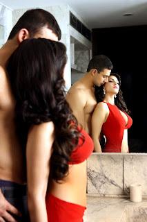 Sunny Leone Photos, Sunny Leone Jism 2 Photos