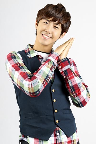 Kwanghee ZE:A MC Inkigayo
