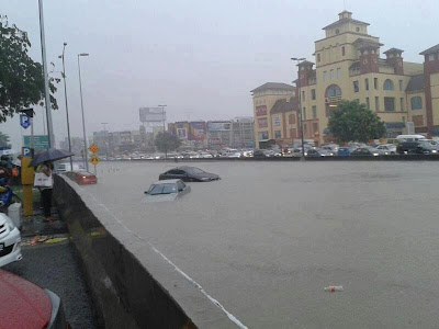 Banjir Kilat Di Puchong