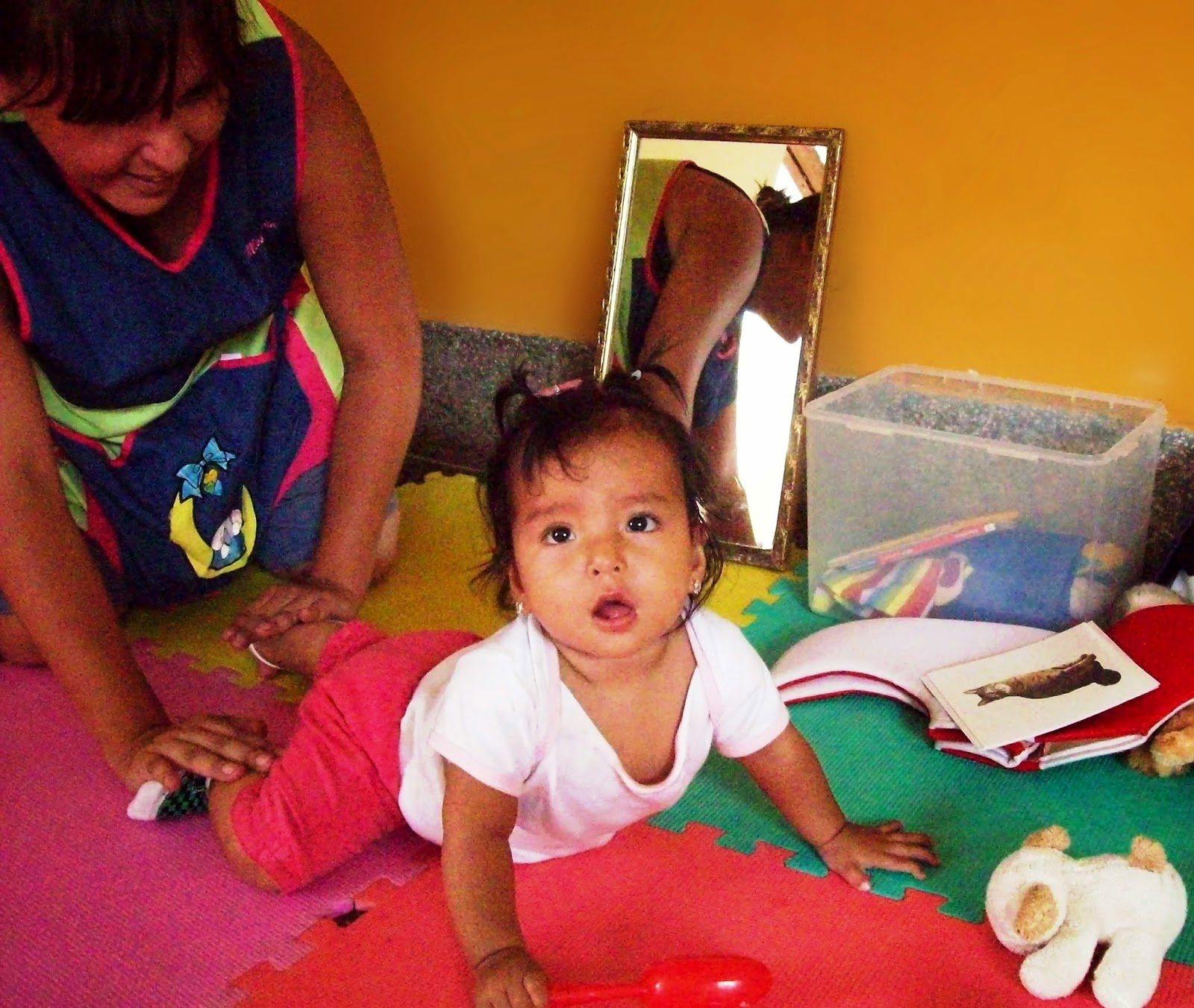 Blog mis peque os pasos motivando a tu beb a gatear - Moqueta para ninos ...