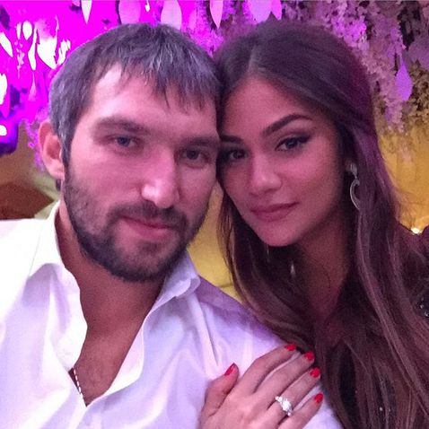 Who is alex ovechkin dating now