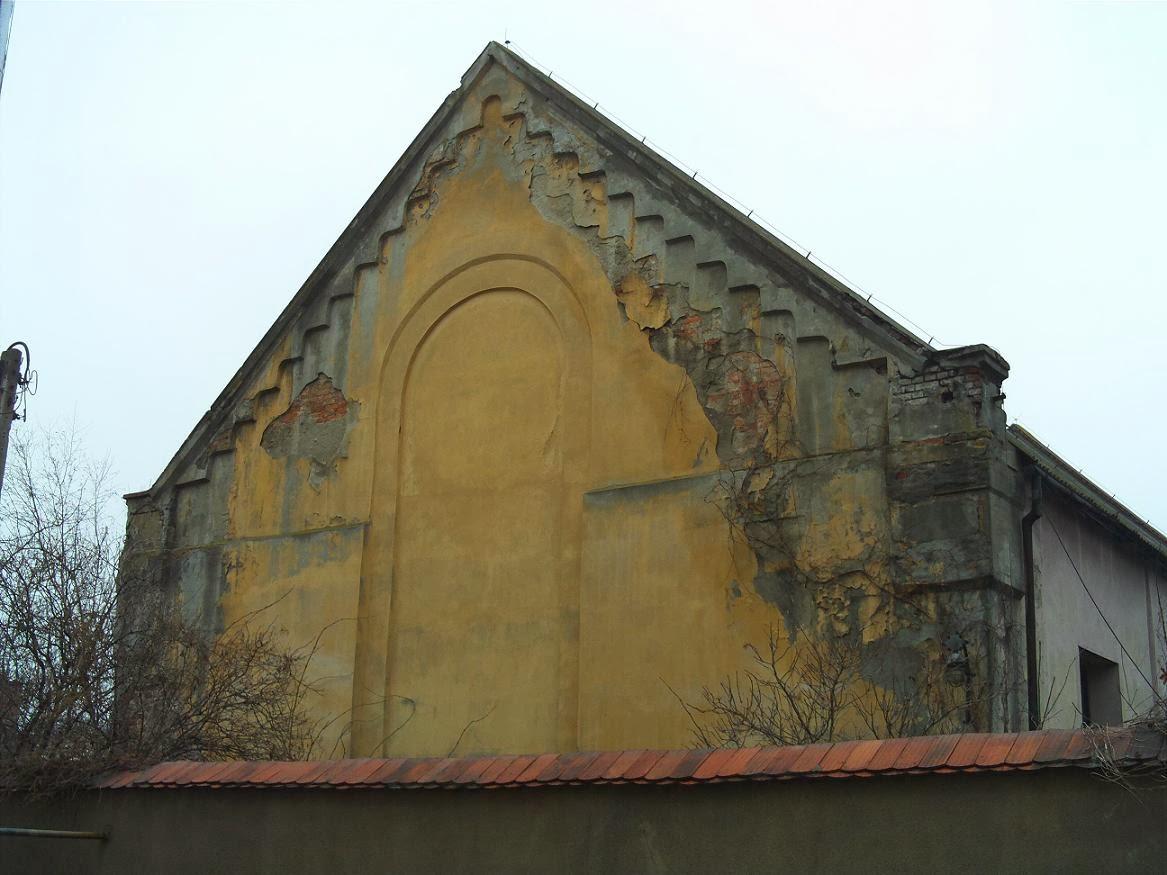 http://2.bp.blogspot.com/-ZumQaBJOZFU/Uu1cOy0zR0I/AAAAAAAABYw/cpV4Z_Bo1NI/s1600/Synagoga+2.JPG