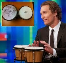 'Dallas Buyers Club' star Matthew McConaughey gets naked to play his bongo drums