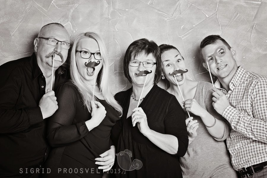 fun-family-portrait