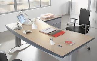 News actu web un meuble de bureau élégant et ergonomique