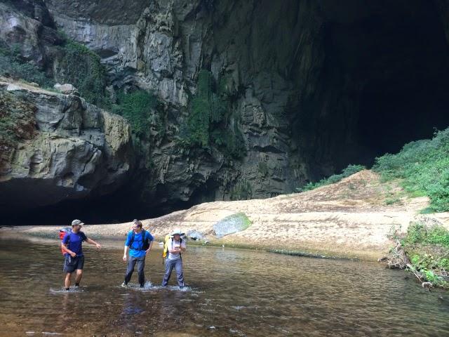 trekking Son Doong 2