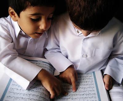 anak+kecil+fasih+membaca+al-qur'an