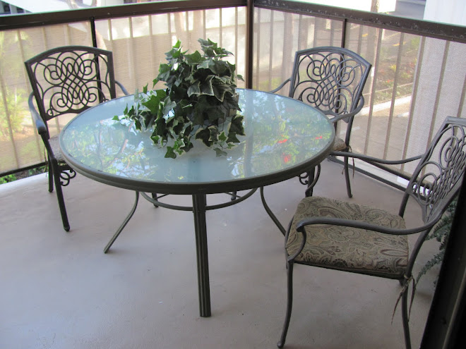 Lanai Table