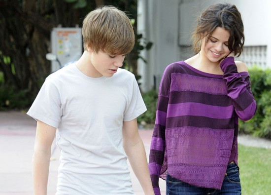Justin Bieber and Selena Gomez Are Officially Back Together