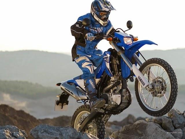 Aksi Motor Trail Yamaha WR250R