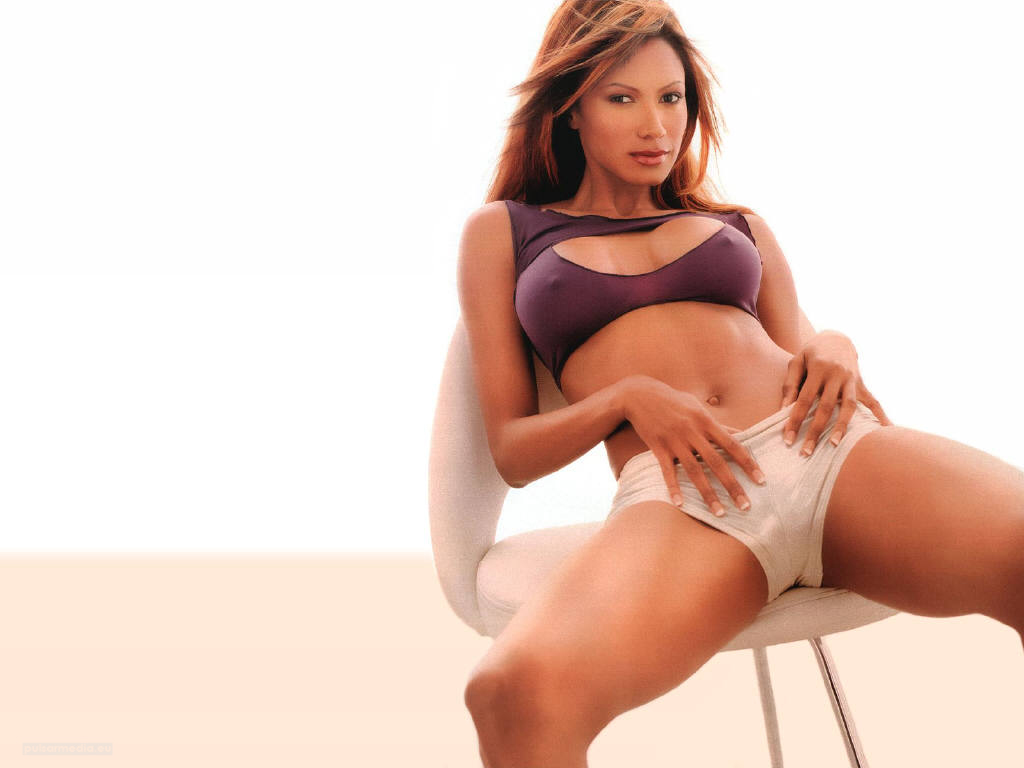 Hot Female Pictures Sexy Traci Bingham