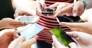 Geração celular: de que maneira o uso intenso desse aparelho pode mudar a vida das pessoas?