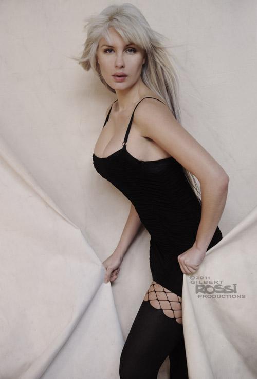 blonde model in studio, studio fashion image, model on white background fashion shoot, modelling portfolio photography, fashion shoot on canvas background, sydney photographer gilbert rossi shooting fashion