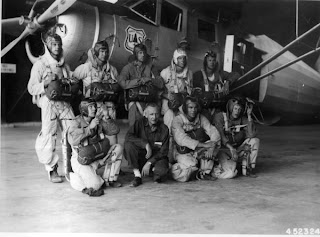 picture of smokejumpers