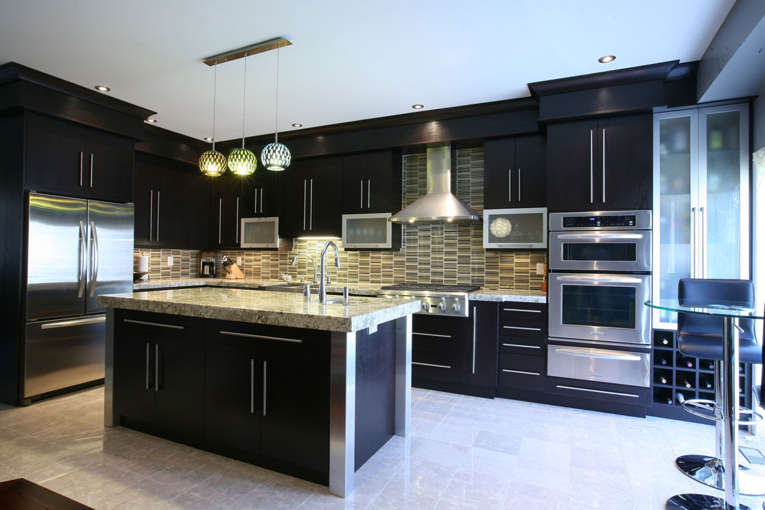 Kitchen Design Ideas with Dark Cabinets