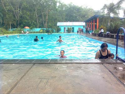 kolam renang kampung dua megang sakti